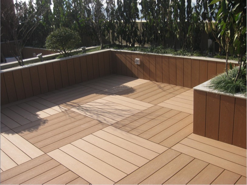 Best deck flooring material
