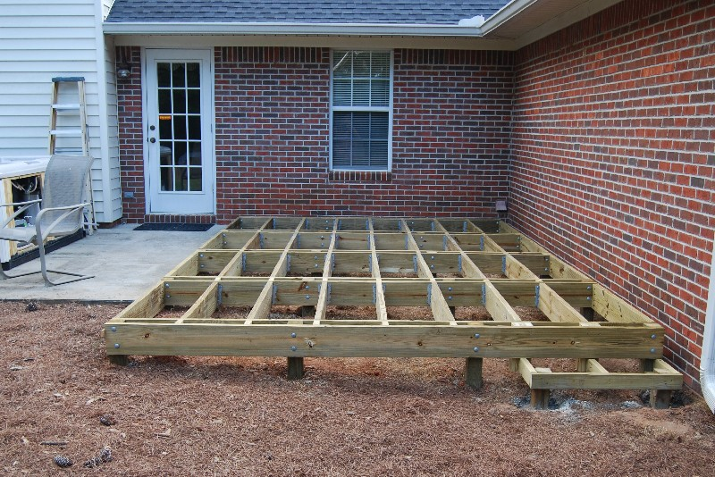 Building a deck joist spacing