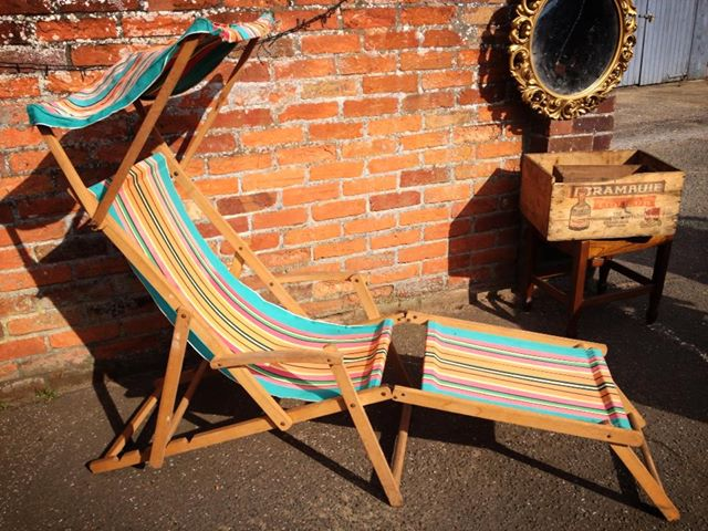 Canopy deck chair