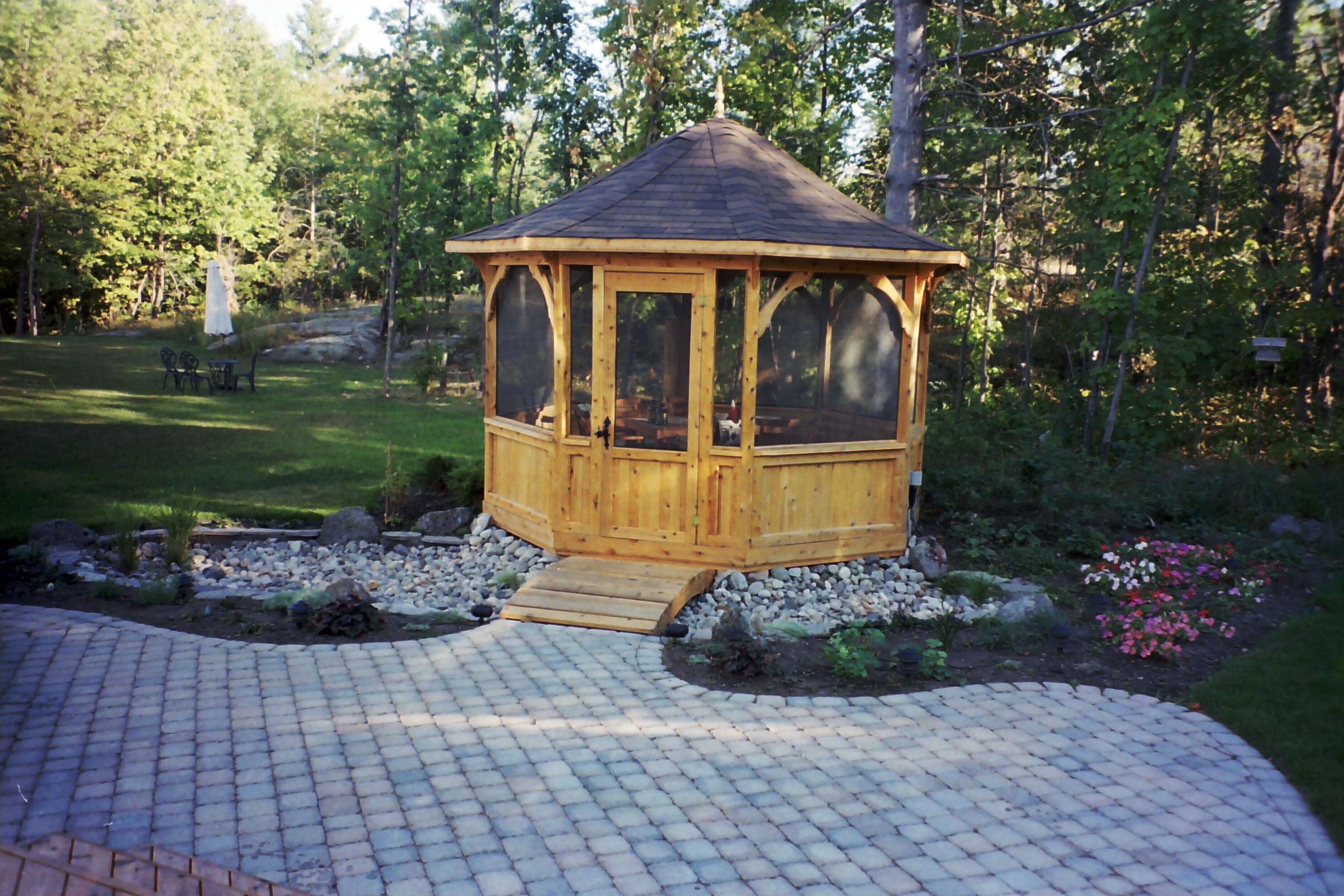 Deck and patio gazebos