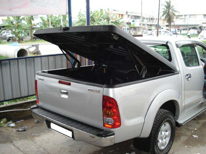 Deck cover hilux
