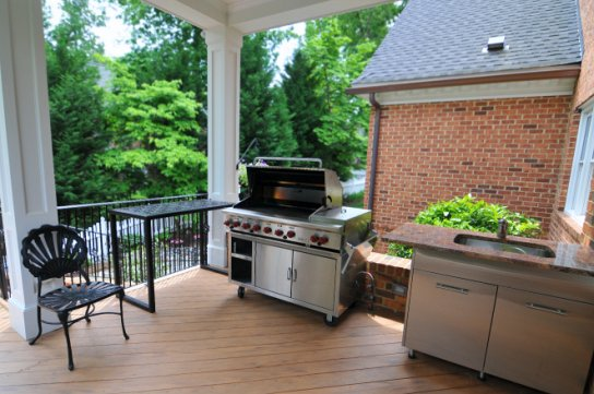 Deck extension for grill
