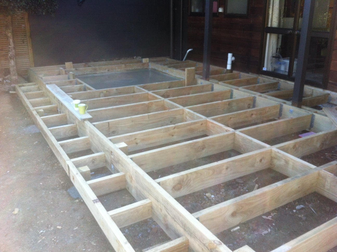 Deck framing hot tub