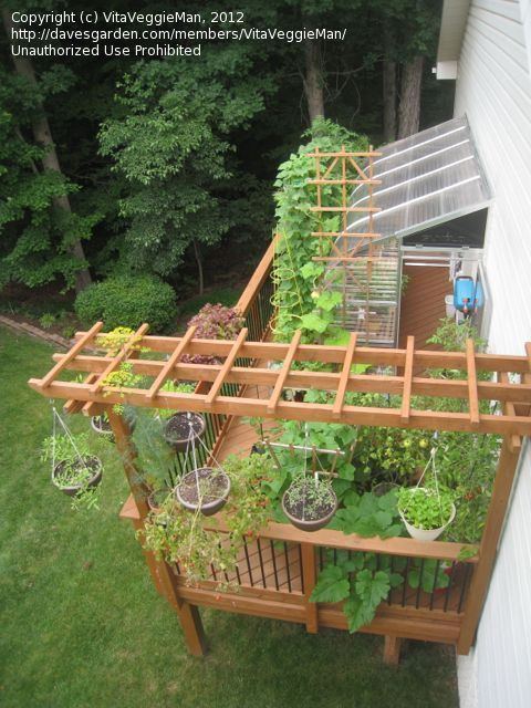 Deck greenhouse