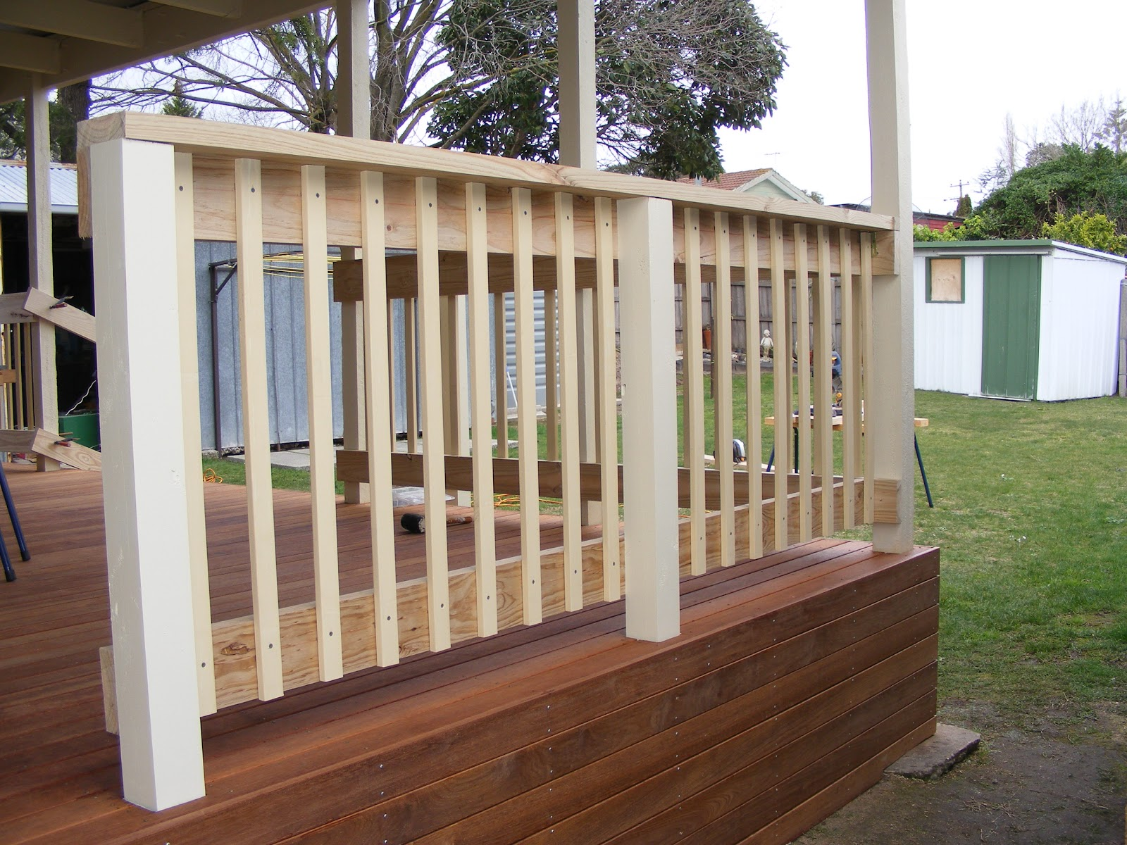 Deck handrail pictures
