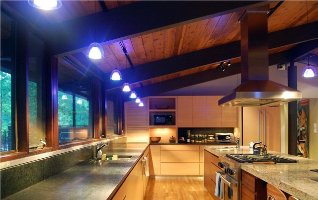 Deck house kitchens