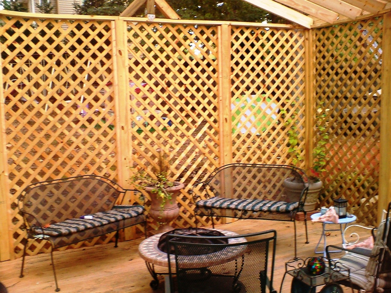 Deck lattice panels