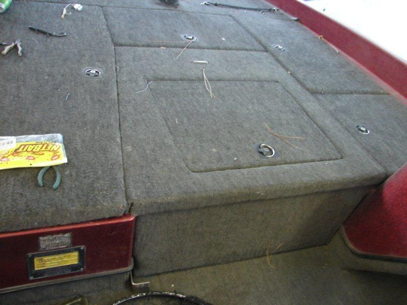 Deck lids for boats