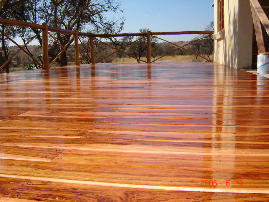 Deck of wood