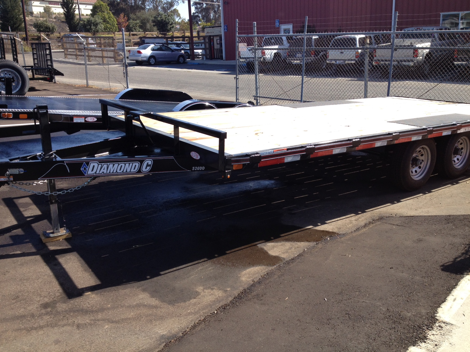 Deck over flat bed trailer