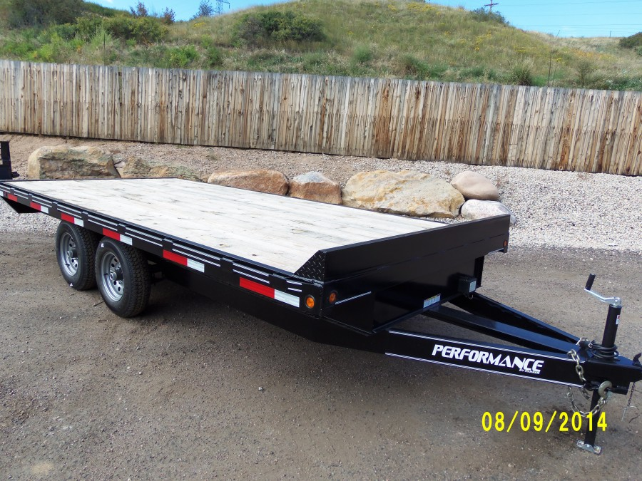 Deck over tandem axle trailer