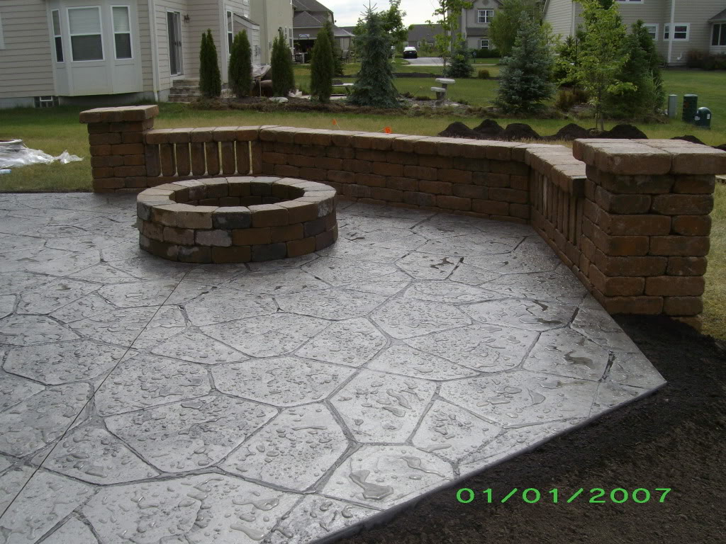 Deck vs concrete patio cost