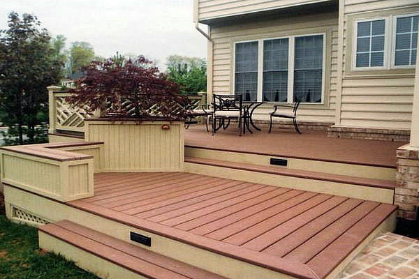 Deck wood or composite