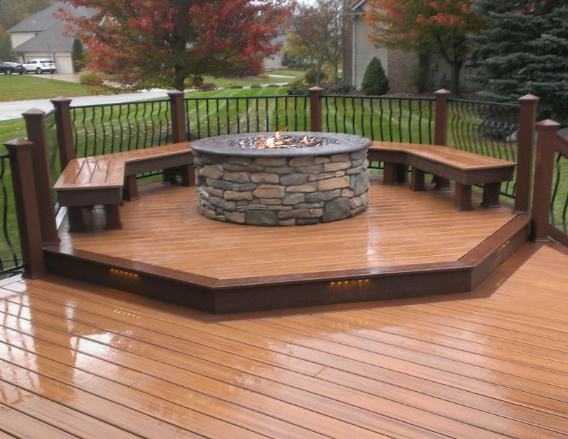 Fire pit on composite deck