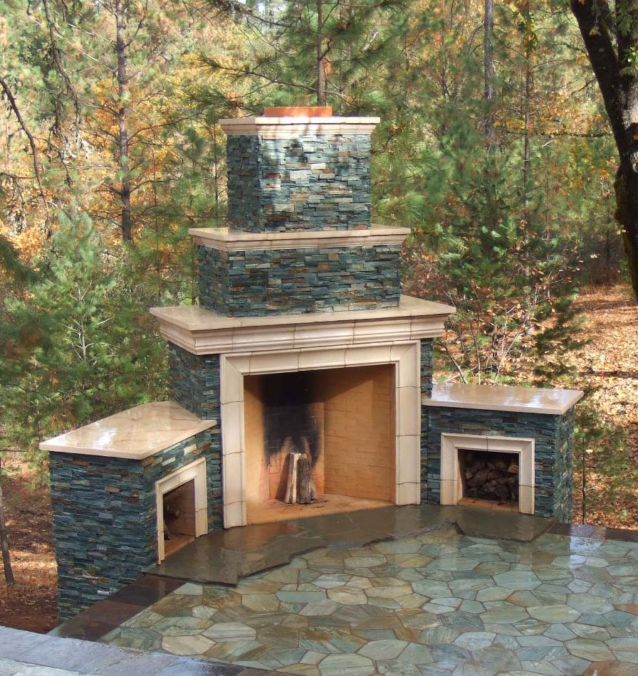 Firebox for outdoor fireplace