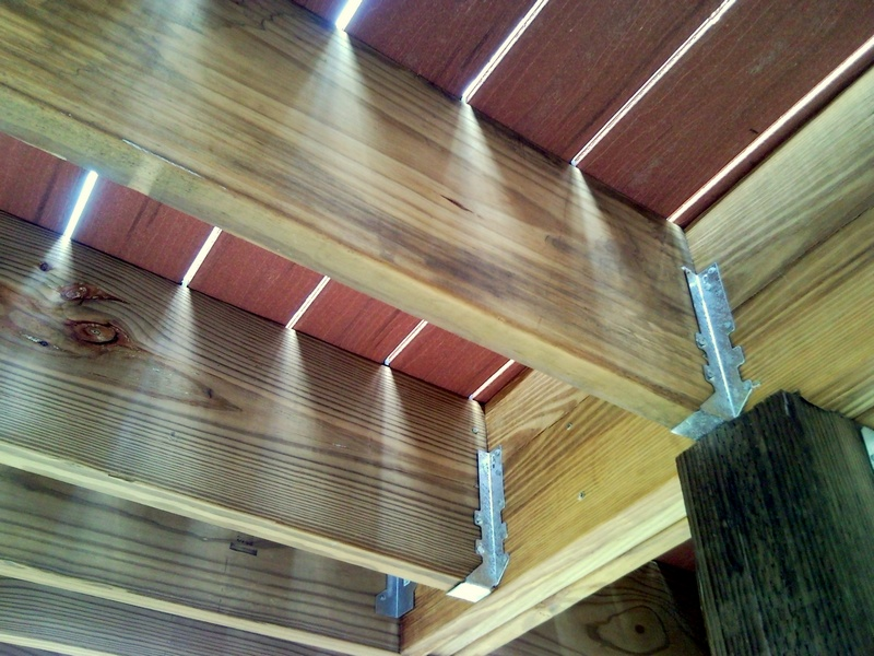 Framing a deck for composite decking