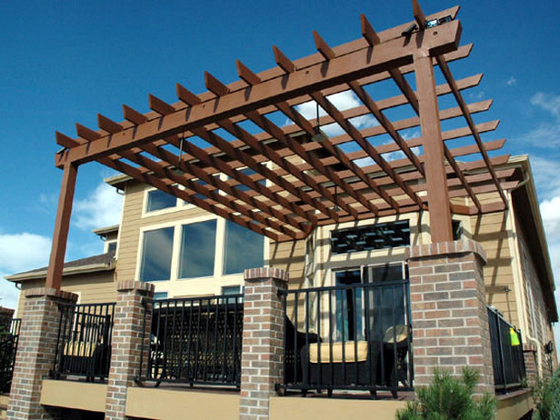 How to build deck with pergola