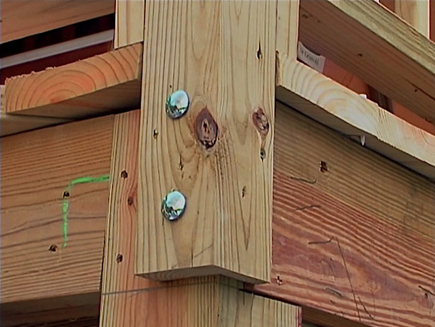 How to install a deck handrail