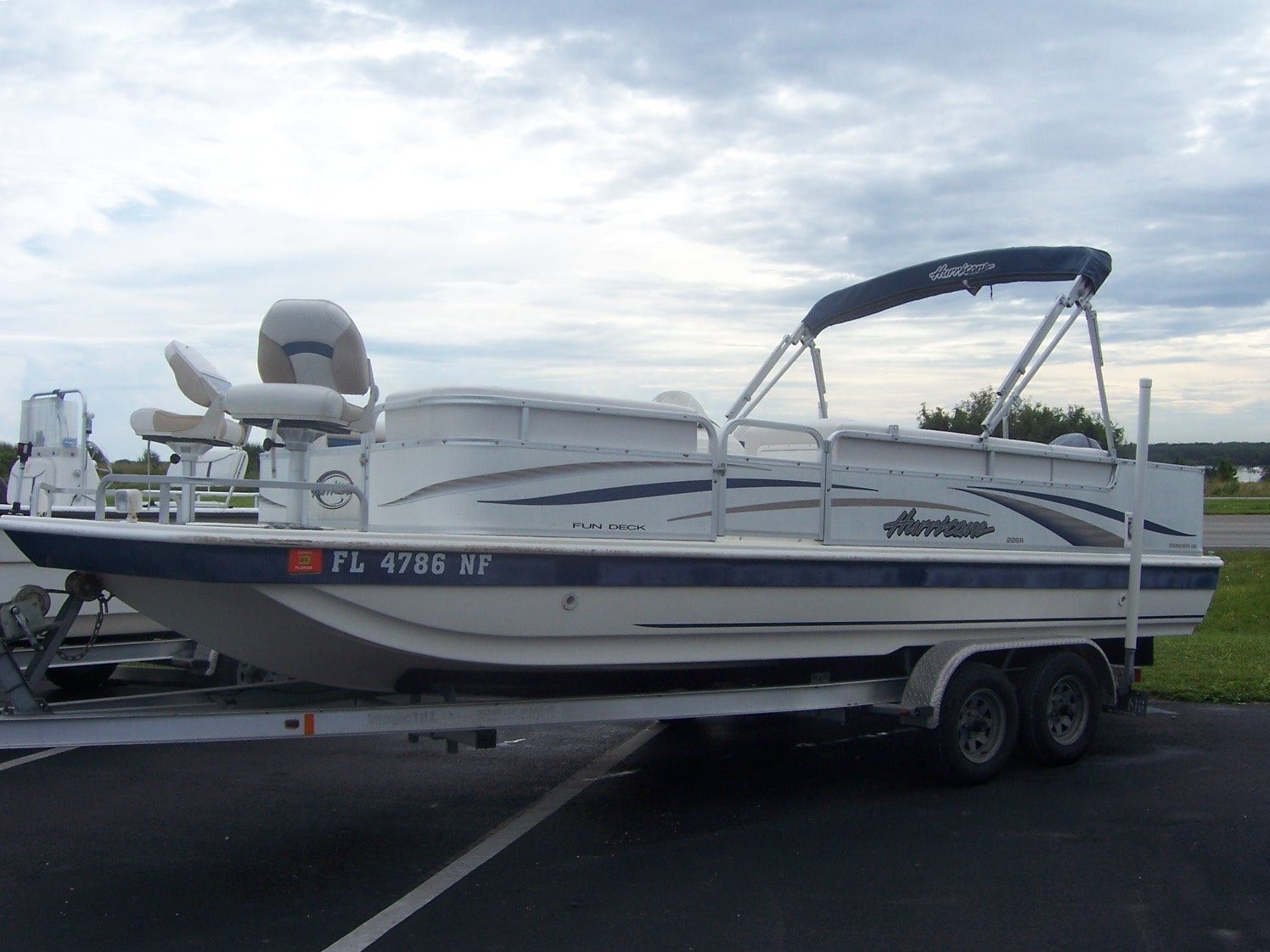 Hurricane deck boat accessories