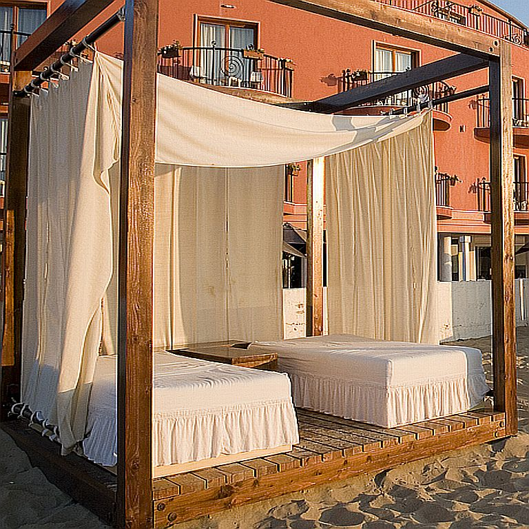 Outdoor canopy drapes