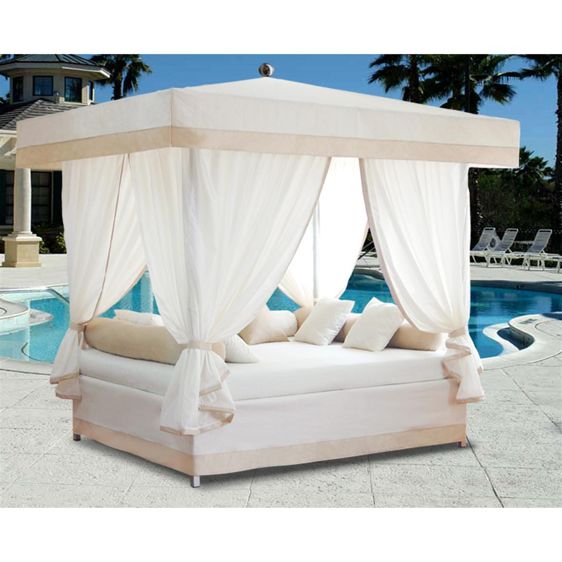 Outdoor canopy lounger