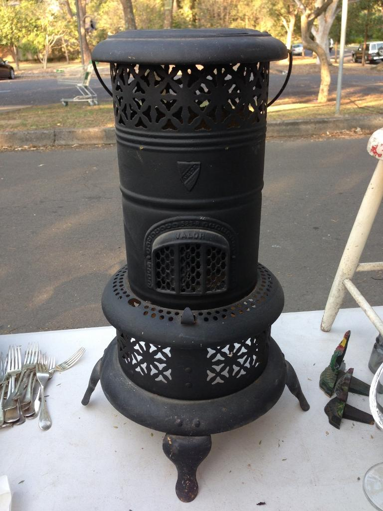 Outdoor kerosene heaters