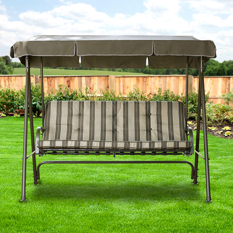 Outdoor oasis canopy swing