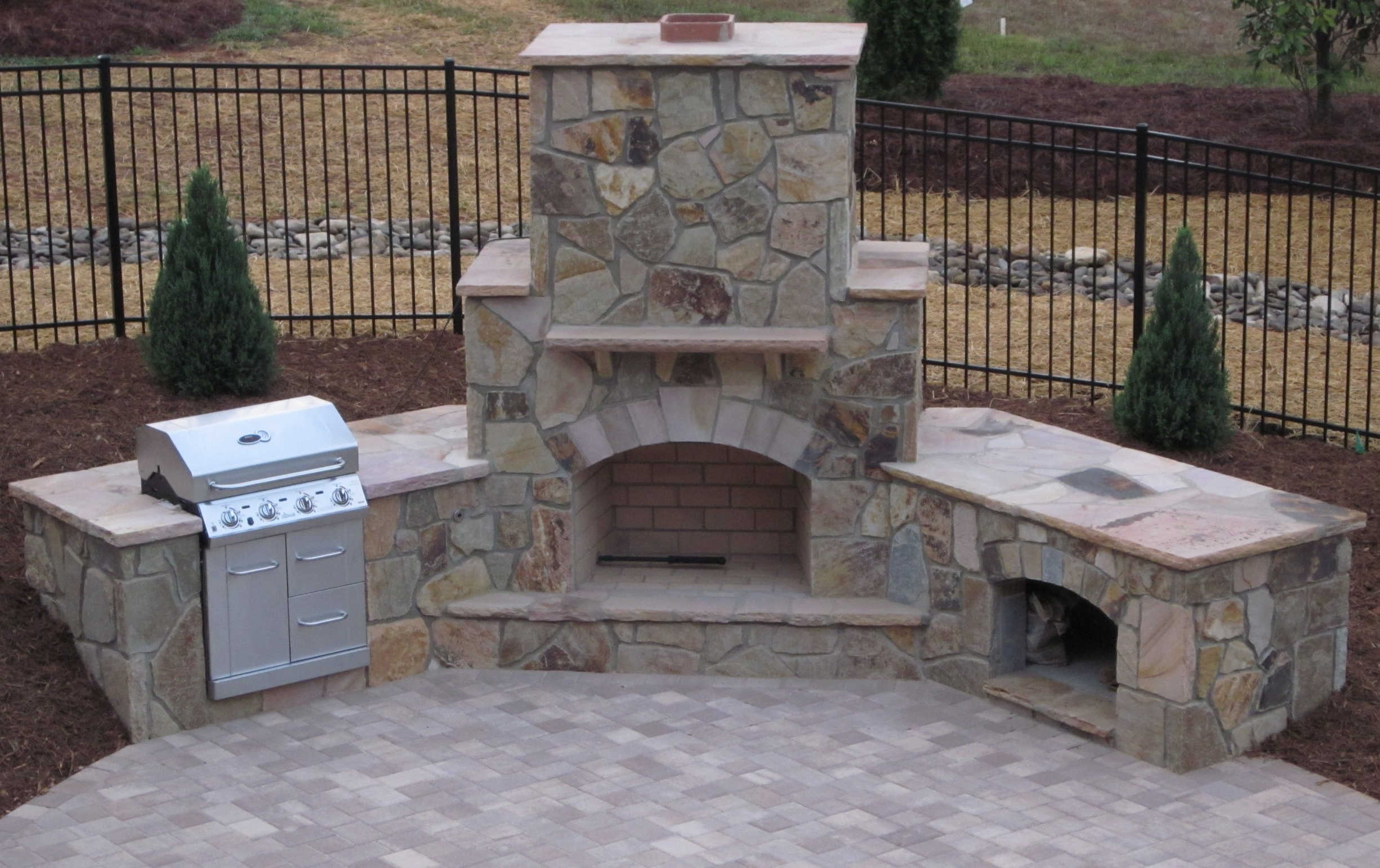 Outside fireplace grill