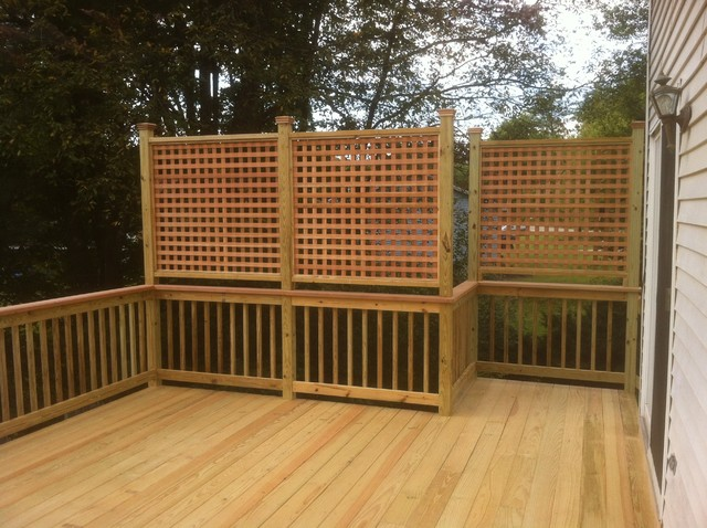 Privacy lattice deck railing