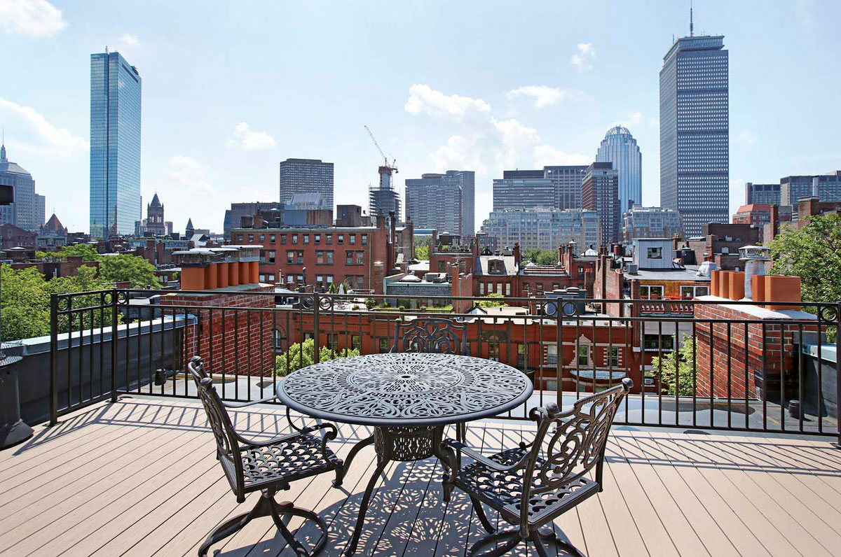 Roof deck restaurants boston