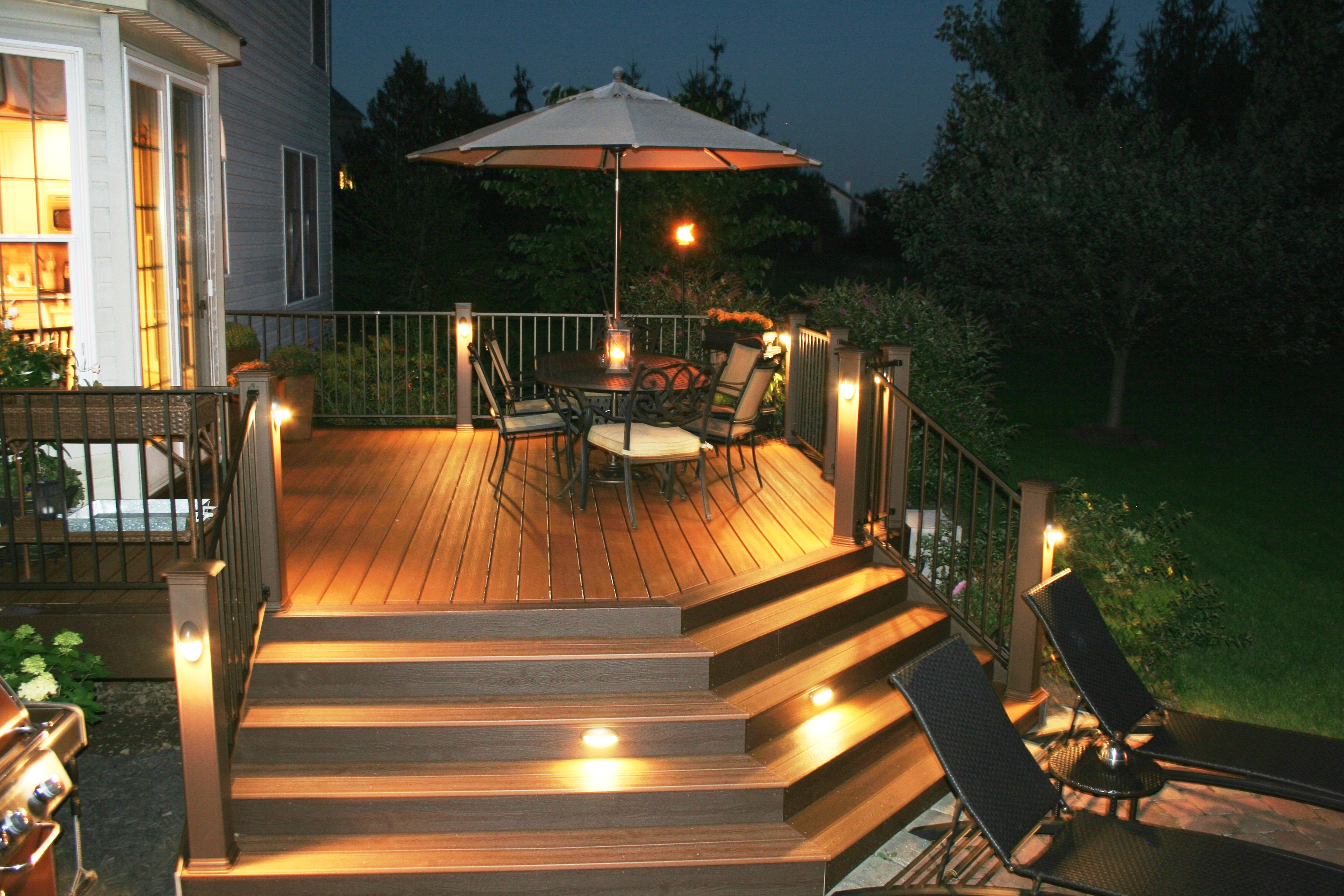 Trex deck post lights