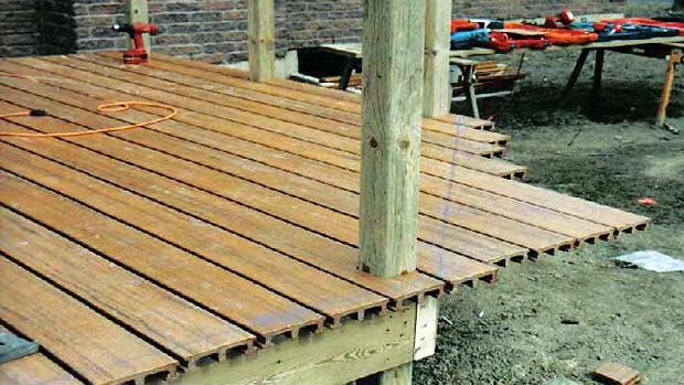 Wood deck diy