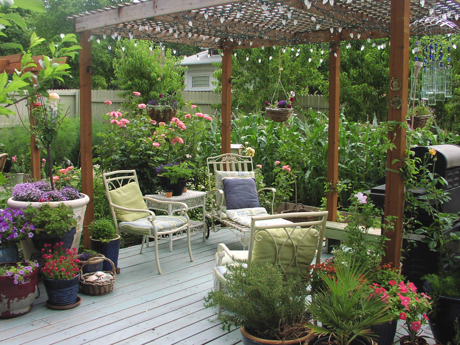 Deck Garden Ideas this would be great with a jacuzzi inside covered deck with windowbox container garden is Deck Gardens Photos