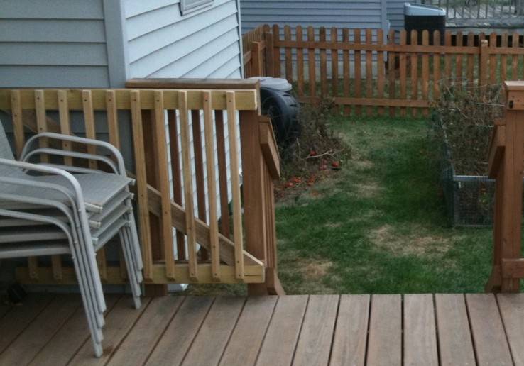 how to build a sliding gate for a deck