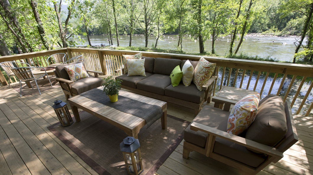 Deck house history deck design and ideas for Half deck house designs