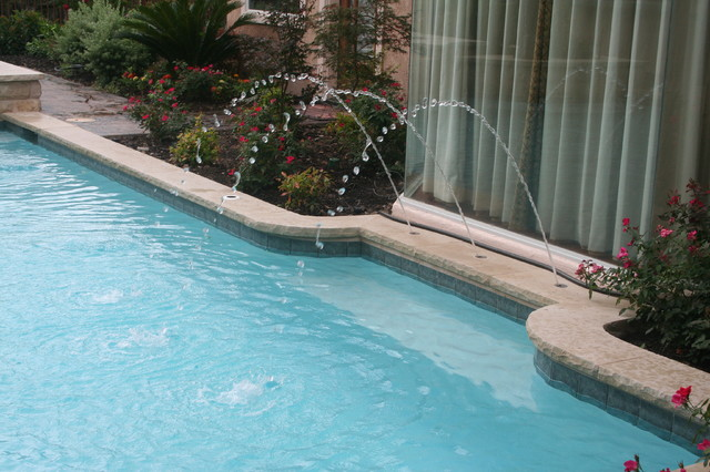 Deck jets for swimming pools | Deck design and Ideas