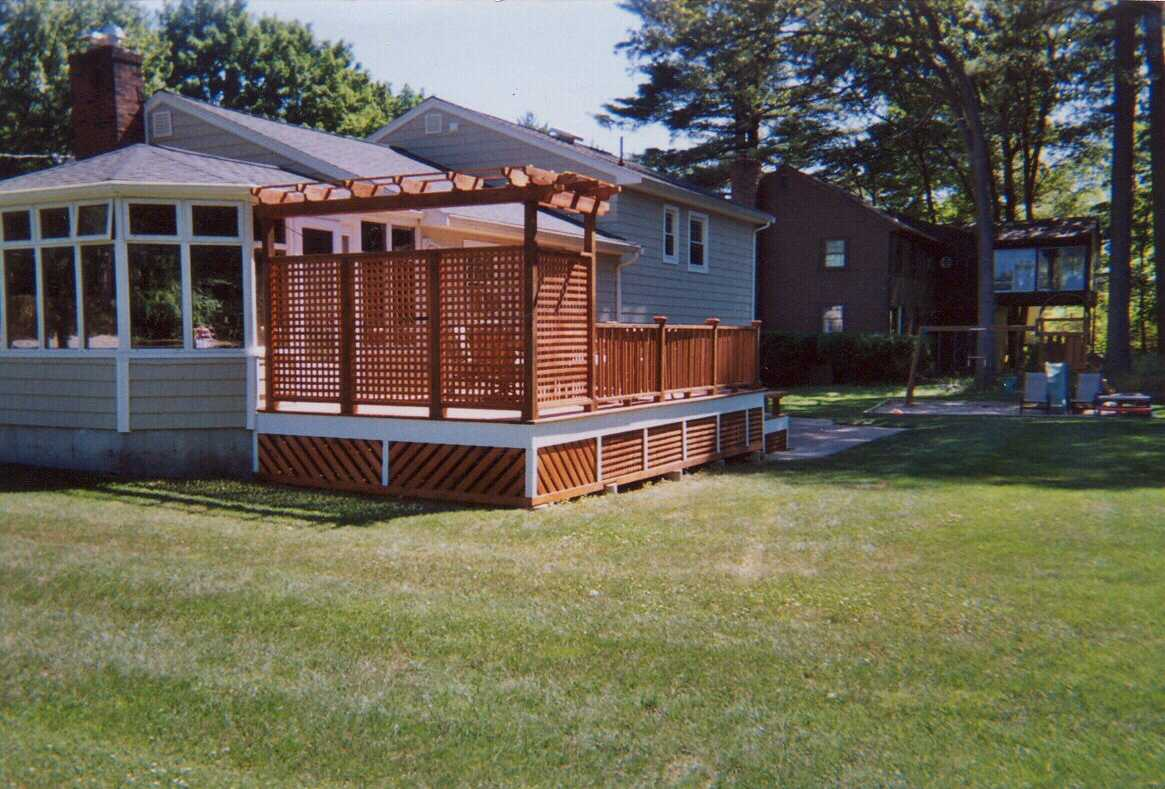 Deck pergola privacy screen deck design and ideas for Patio privacy screen