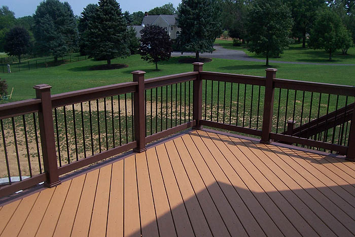 deck wood railing pictures