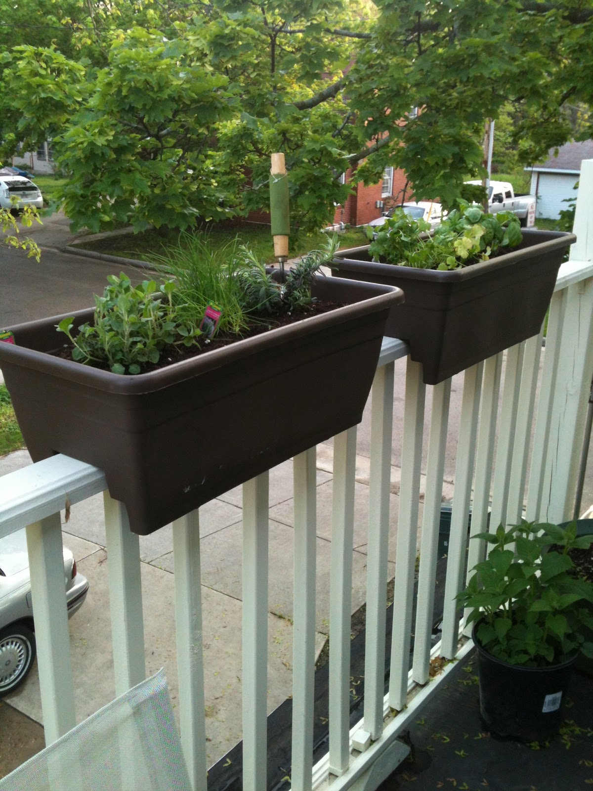 Herb garden deck railing deck design and ideas herb garden deck railing baanklon Image collections