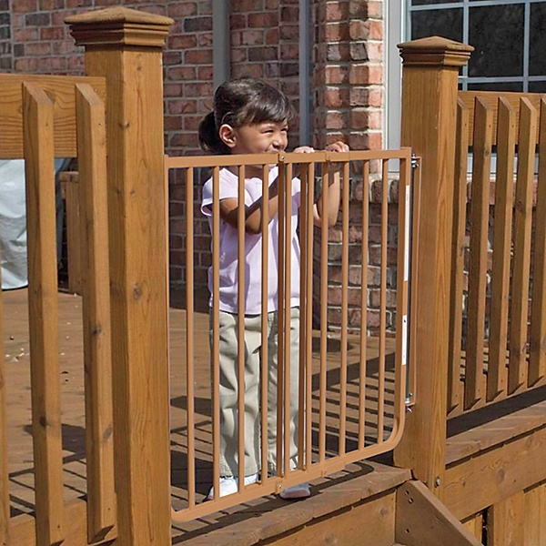 how to build a baby gate for deck