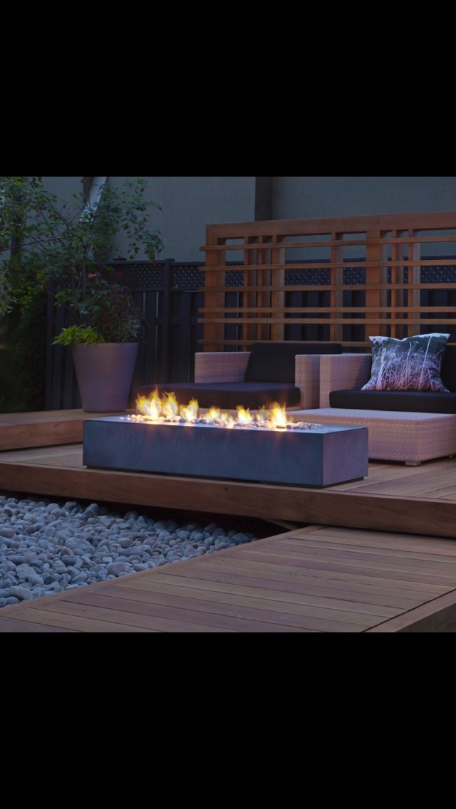outdoor linear fireplace