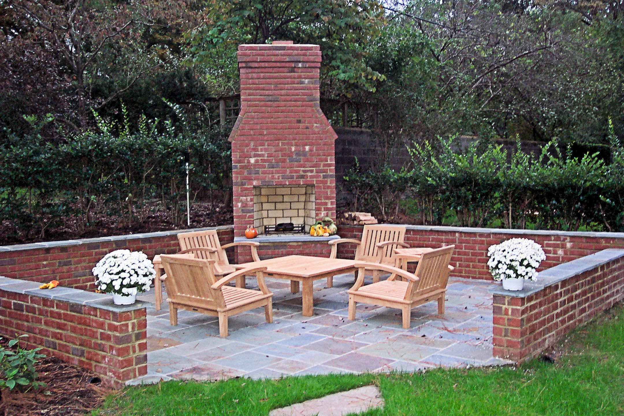 Outside fireplace brick | Deck design and Ideas