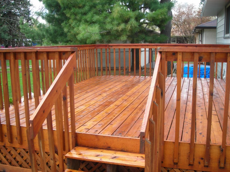 painting a wood deck