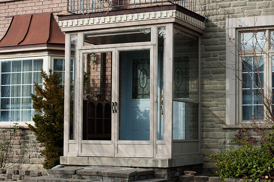 Porch enclosures brampton deck design and ideas for Screened front entry