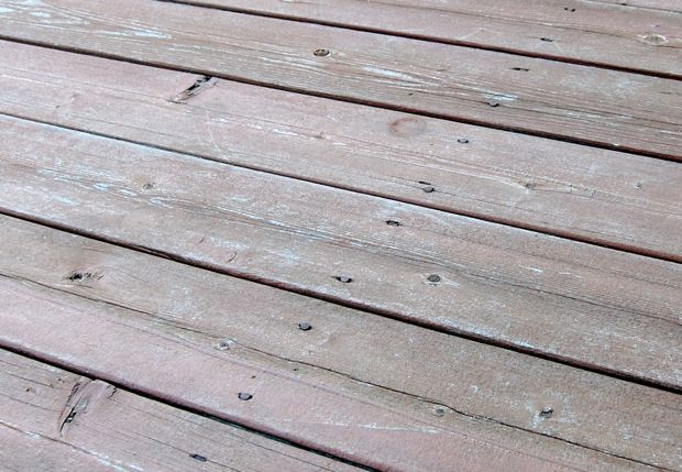 wood deck nails or screws